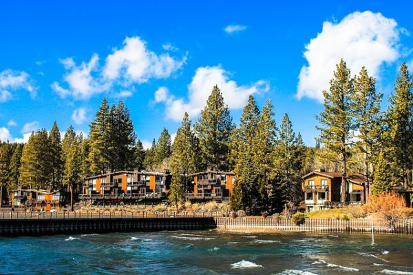 lake-tahoe-hotel