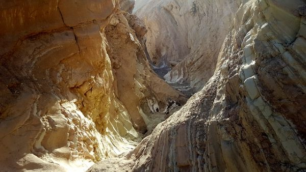 death-valley-national-park-canyon