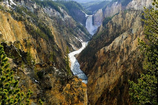 yellowstone river Nationale Parken canyon