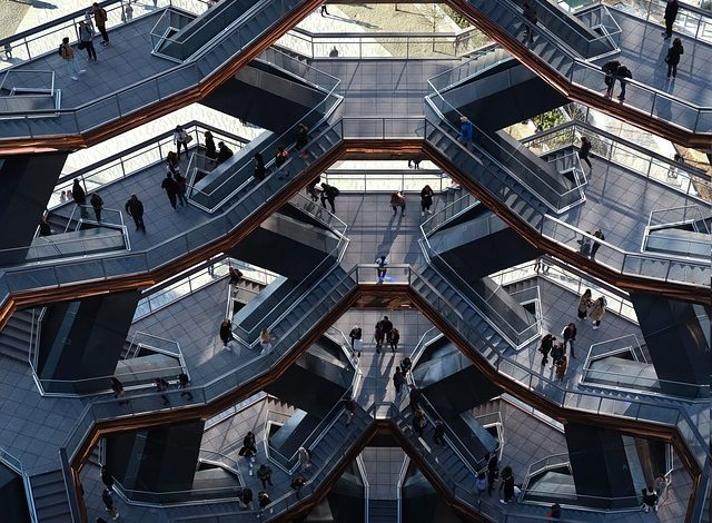 Hudson-Yards-Vessel-in-New York