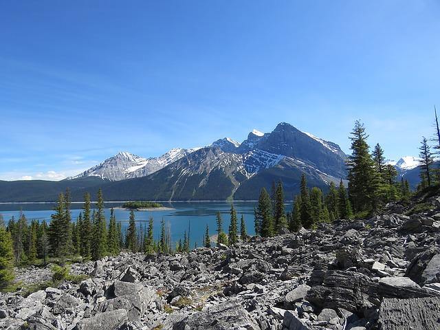 Lake-haiyaha-wandelroutes-rocky-mountains