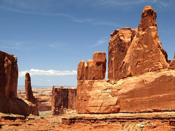 arches-national-park-balance-rock