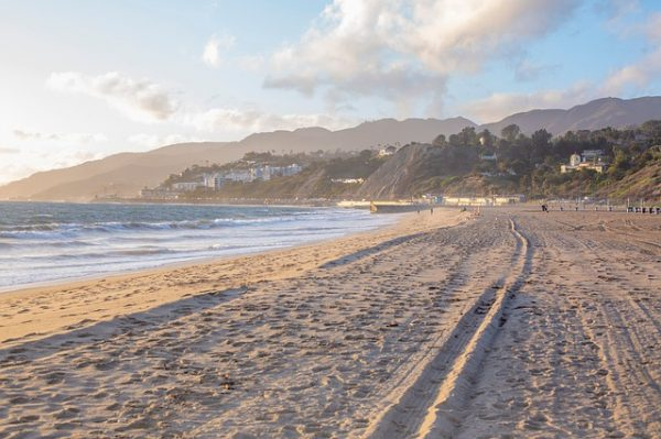 malibu-beach-californie-zuma-beach