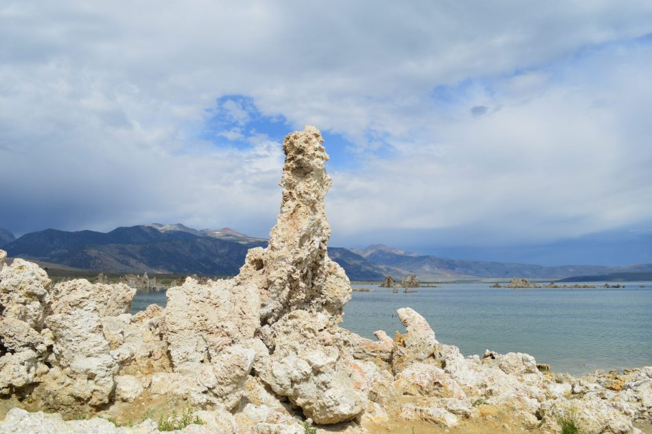 mono-lake-yosemite-national-park