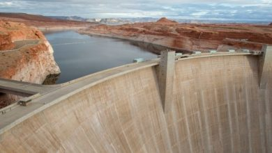 glen-canyon-dam-page-arizona